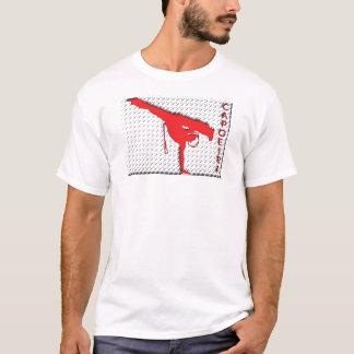 metallspisgaller på vit tröjor