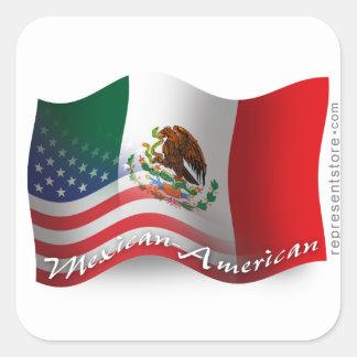 Mexikan-Amerikan som vinkar flagga Fyrkantigt Klistermärke
