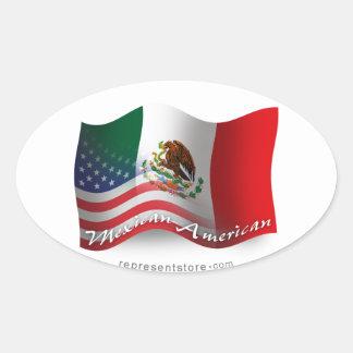 Mexikan-Amerikan som vinkar flagga Ovalt Klistermärke