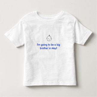 Mig förmiddag som går att vara en storebror i maj! t-shirt