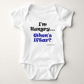 Mig hungrig förmiddag. När äger rum Iftar? T Shirts