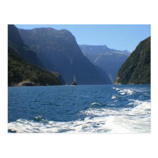 Milford Sound som är nyazeeländskt Vykort