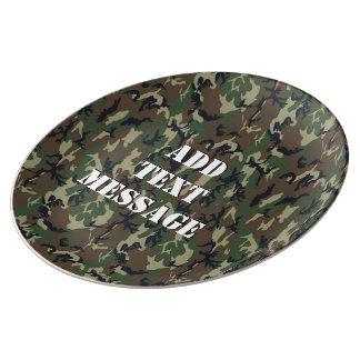 Militär kamouflage för skogsmarkskog porslinstallrik