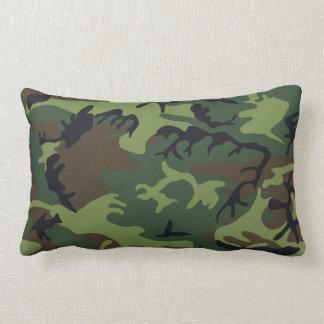 Militärgröntkamouflage Lumbarkudde