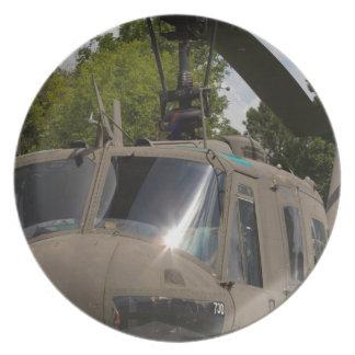 Militärhelikopter för vintage Uh-1 Huey Tallrik