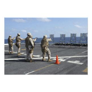 Militärt poliståg med Berrettaen M9 Fototryck