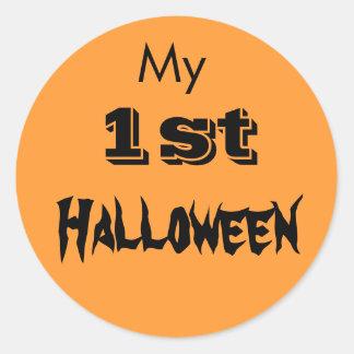 Min 1st skjorta för Halloween babyklistermärke som Runt Klistermärke