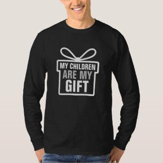 Min barn är min gåva - julgåva t shirt