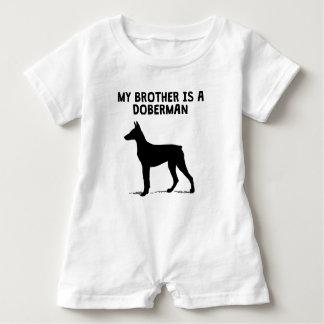 Min broder är en Doberman T Shirts
