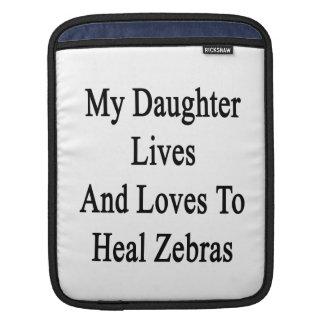 Min dotterliv och kärlekar för att läka zebror sleeves för iPads