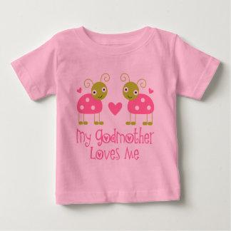 Min gudmor älskar mig tshirts