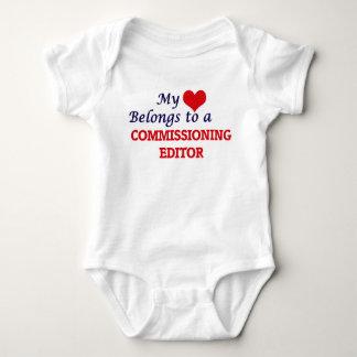 Min hjärta hör hemma till en bemyndiga redaktör t shirt