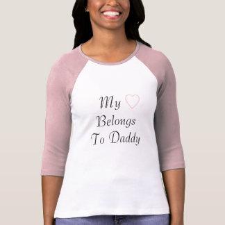 Min hjärta hör hemma till pappan t shirts