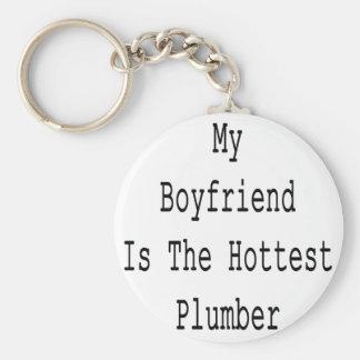 Min pojkvän är den varmmaste rörmokaren rund nyckelring