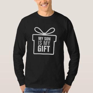 Min Son är min gåva - julgåva Tee Shirt