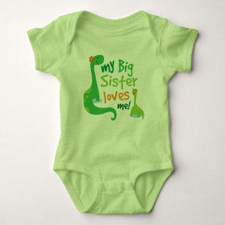 Min storasyster älskar mig DinosaurT-tröja Tee