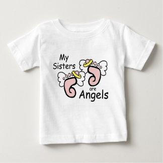 Min systrar är änglar t shirts
