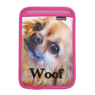 "Mini- sleeve för anpassadeiPad, Chihuahua, ""Woof"