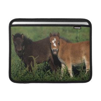 Miniatyrföl i gräs MacBook sleeve