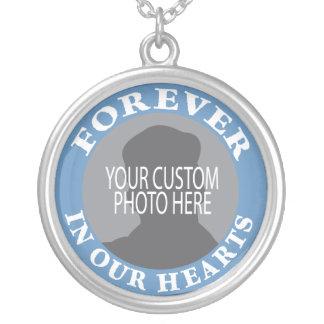 Minnes- för evigt i vårt hjärtaanpassningsbarfoto halsband med rund hängsmycke
