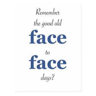 Minns att det bra gammala ansiktet - - vända mot vykort