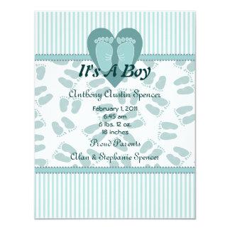 Mjuk fot pojkefödelsemeddelande 10,8 x 14 cm inbjudningskort