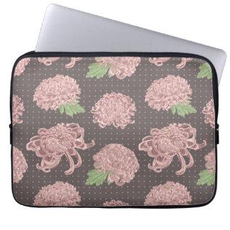 Mjukt rosa Chrysantemum Seamless mönster Laptop Sleeve