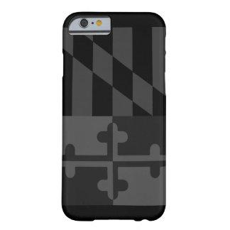 Mobilt fodral för Maryland flagga (lodrät) - svart Barely There iPhone 6 Skal