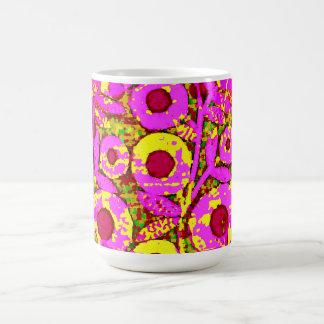 Mod-Floral-70's_Retro_Pink_Yellow Magisk Mugg