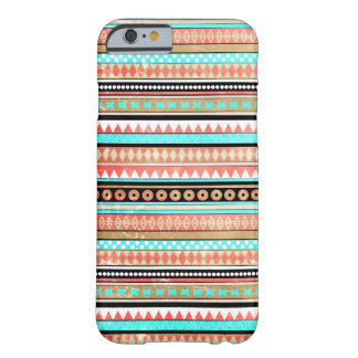 Moderiktig aztec barely there iPhone 6 skal