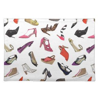 Moderiktig mode skor bordstablett