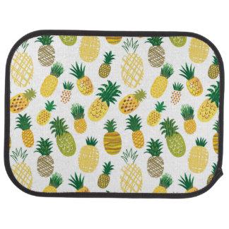 Moderiktigt ananasmönster bilmatta