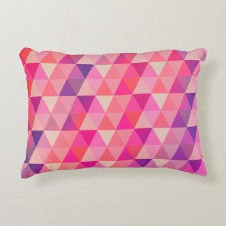 Moderiktigt rosa purpurfärgat geometriskt mönster prydnadskudde