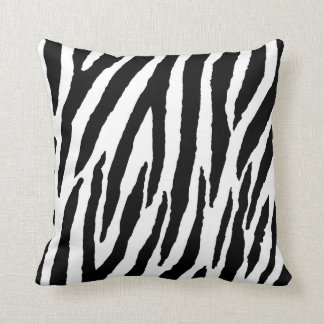 Moderiktigt svartvitt zebra mönstrad prydnadskuddar