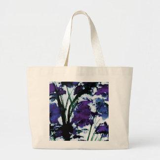 Modern blom- lila blommor i de trädgårds- brisarna tote bags