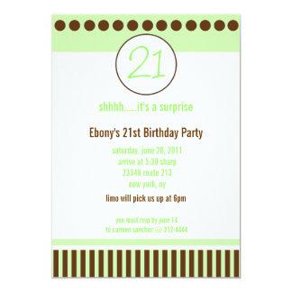 Modern grön för partymall för rand 5x7 inbjudan