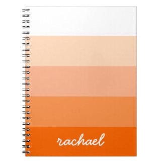 Modern trendigrandpersonlig anteckningsbok med spiral