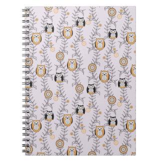 Modern ugglaanteckningsbok anteckningsbok med spiral