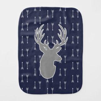 Moderna lantliga gråa hjort- & vitpilar bebistrasa