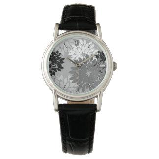 Modernt blom- Kimonotryck, grått som är svartvit Armbandsur