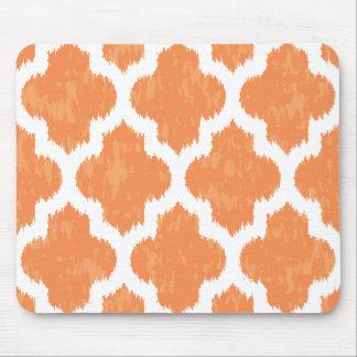 Modernt geometriskt för orange Ikat Quatrefoil Musmatta