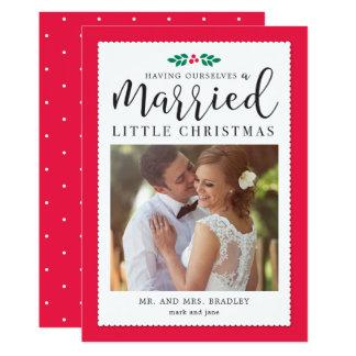 Modernt kort för helgdag för Mistletoenygift 12,7 X 17,8 Cm Inbjudningskort