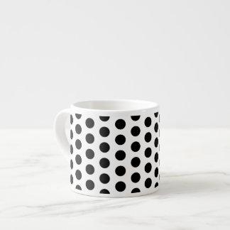 Modernt mönster för grundläggande polka dots espressomugg