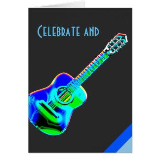Modernt neon färgar gitarrmusikfödelsedag hälsningskort