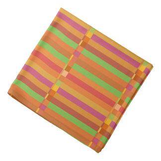 Modorangen och grönt görar randig och kvadrerar bandana
