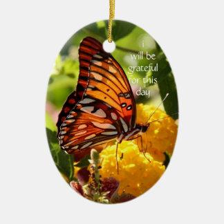 Monarkfjäril; jag ska är tacksam för denna dag julgransprydnad keramik