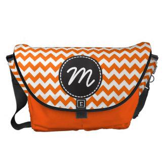 Monogram för anpassningsbar för orange- och vitspa kurir väskor