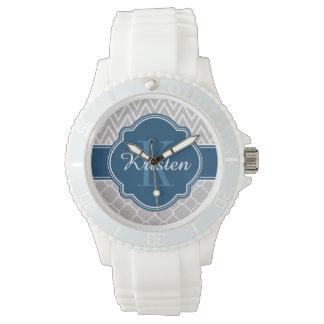 Monogram för blått för grå färgsparreQuatrefoil Armbandsur