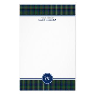 Monogram för pläd för blått och för grönt för brevpapper