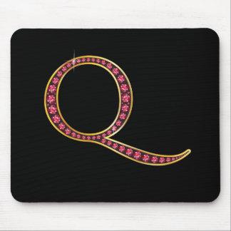 "Monogram för q-faux""Ruby"" Musmatta"